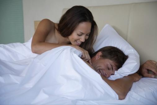 蜜月期夫妇性爱时如何避孕