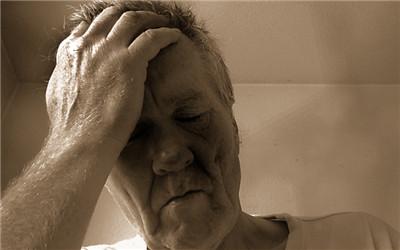 中老年人失眠怎么治